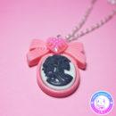 maria kawaii store – collar camafeo lady skull rosa y negro 2