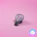 maria kawaii store – pin prendedor globo de aire con corazon 2